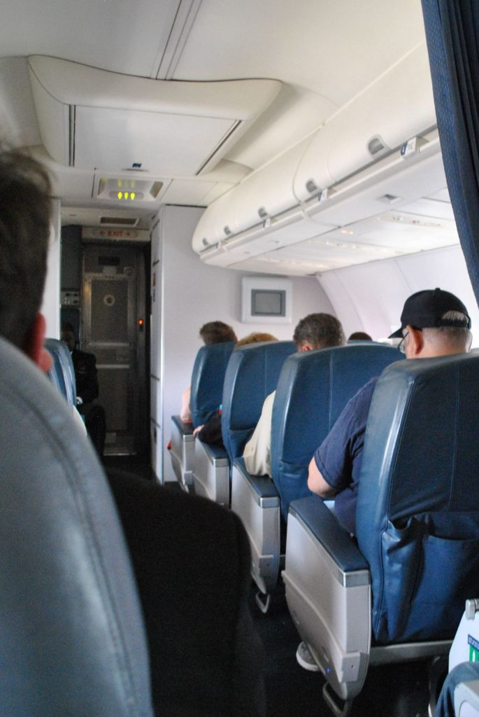 Delta Air Lines Boeing 737-800 Premium Economy (Comfort+) cabin passenger service unit (PSU) Photos