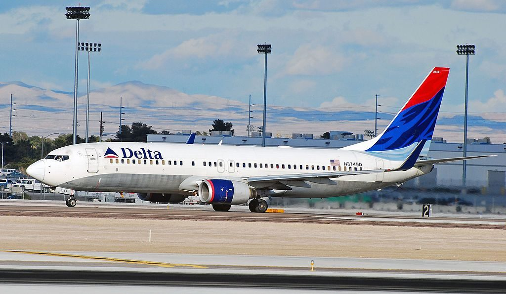 Delta Air Lines Boeing 737-832 N3749D McCarran International (LAS : KLAS) USA - Nevada