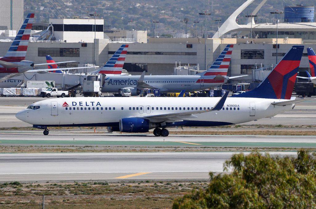 Delta Air Lines, Boeing 737-832(WL), N380DA - LAX