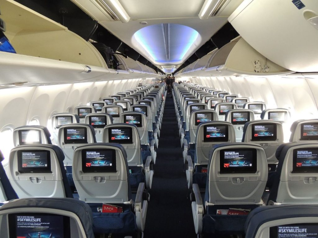 Delta Air Lines Boeing 737-900ER Main Cabin Economy Class Seats 3-3 Layout Configuration Back view Photos
