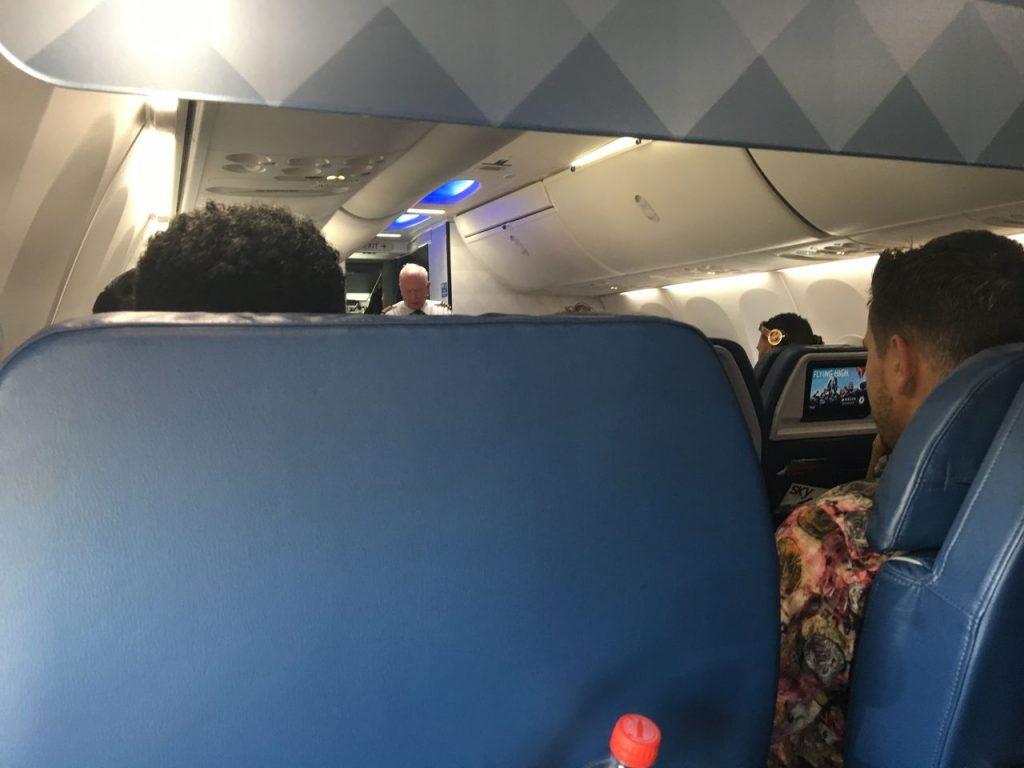 Delta Air Lines Boeing 737-900ER Premium Economy (Comfort+) Cabin View Photos