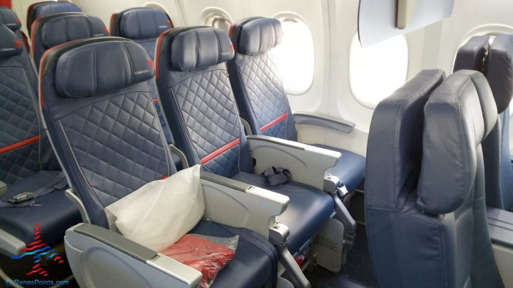 Delta Air Lines Fleet Boeing 737-900ER Details and Pictures