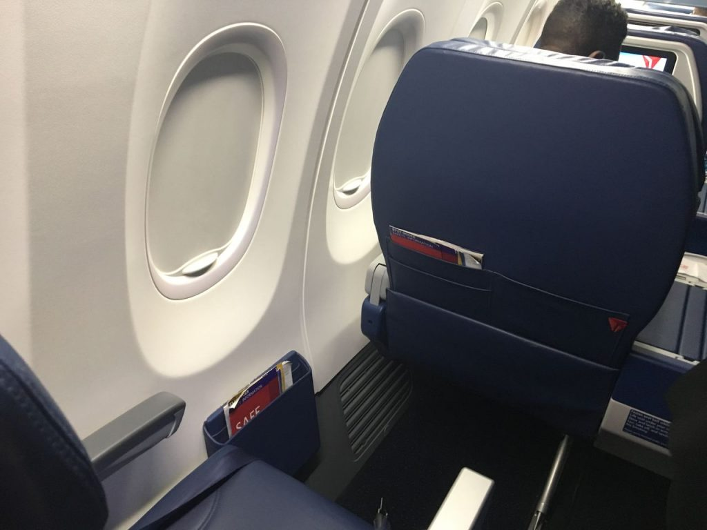 Delta Air Lines Boeing 737-900ER Premium Economy (Comfort+) Class Seats Pitch Legroom Photos
