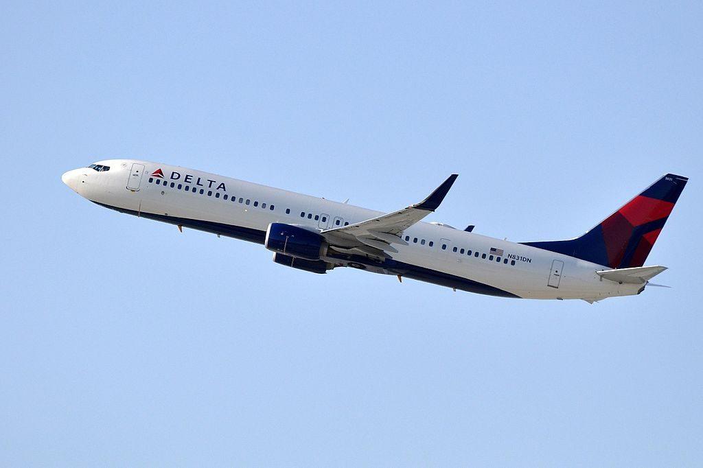 Delta Air Lines, Boeing 737-932(ER), N831DN - LAX