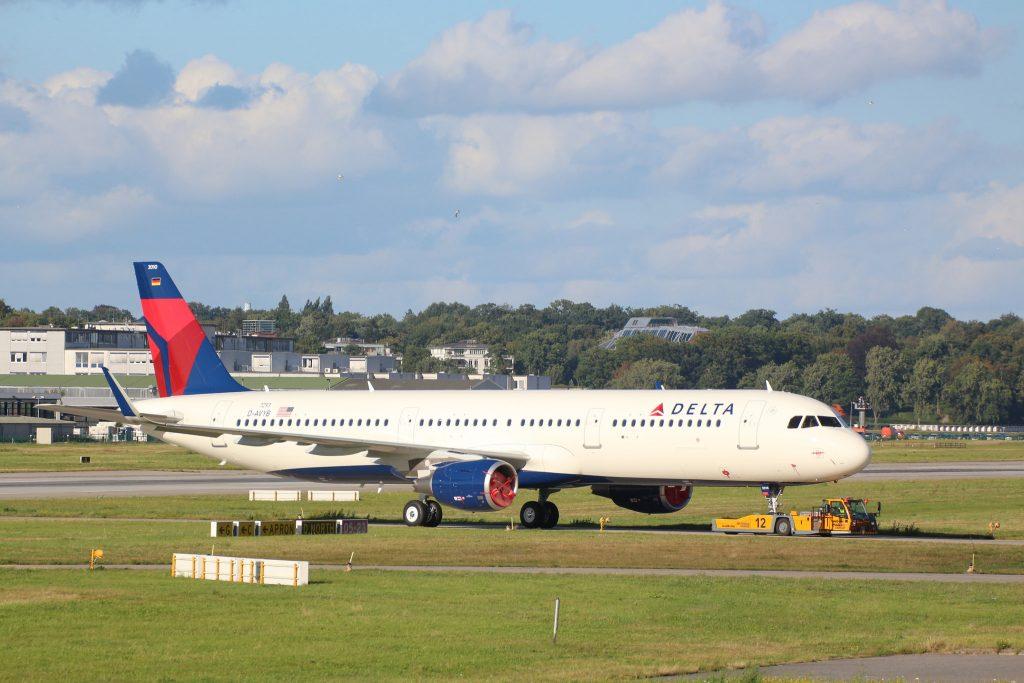 Delta Air Lines Fleet Airbus A321-211SL D-AVYB N310DN (MSN 7293)