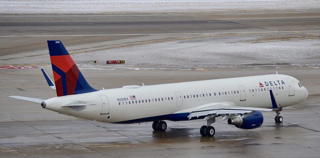 Delta Air Lines Fleet Airbus A321-211SL F-WZMU N330DX (MSN 7896)