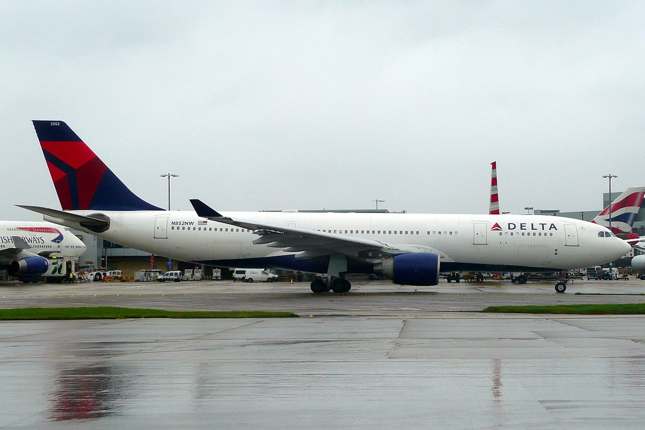 Delta Air Lines Fleet Airbus A330-200 N852NW at Heathrow Airport LHR