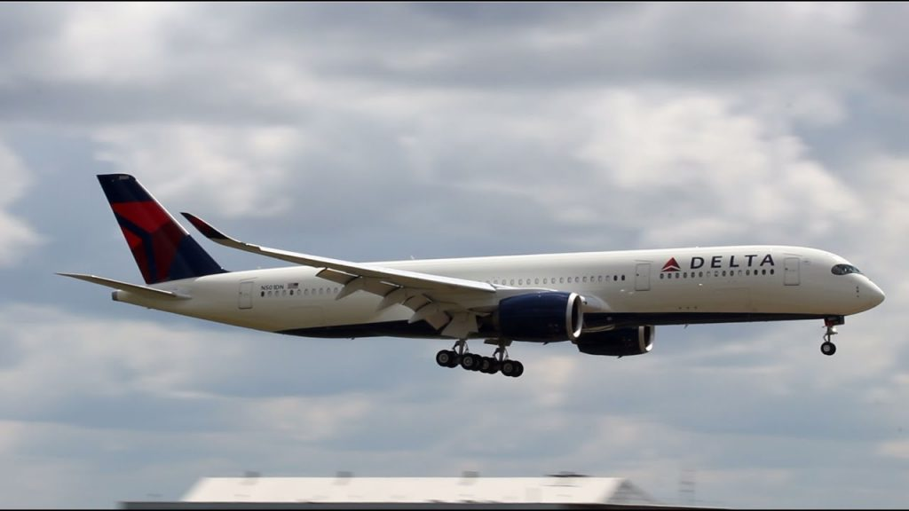 Delta Air Lines Fleet Airbus A350-900 N501DN Landing and Takeoff in Detroit
