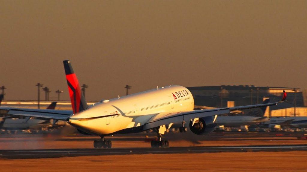 Delta Air Lines Fleet Airbus A350-941XWB N504DN Landing Narita RWY16R