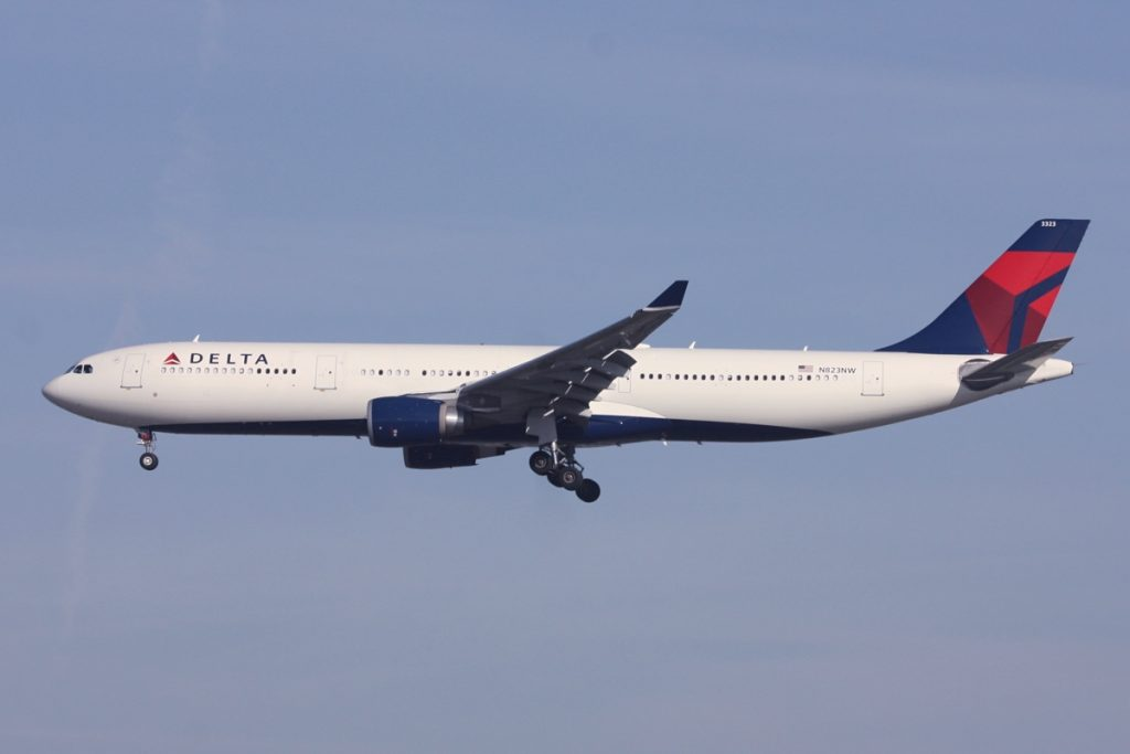 Delta Air Lines Fleet Wide Body Airbus A330-300 N823NW Dallas:Fort Worth International Airport