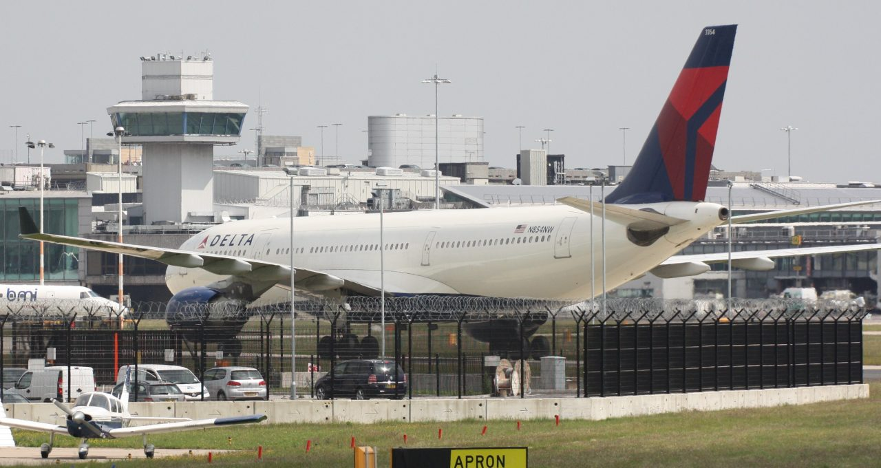 Delta Air Lines Wide Body Aircraft Airbus A330-223 N854NW Taxiing Apron Runaway Photos