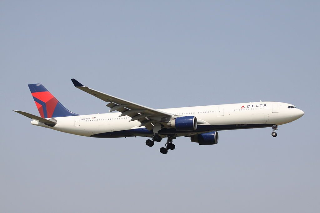 Delta Air Lines Wide Body Fleet Airbus A330-300 (N801NW) Photos
