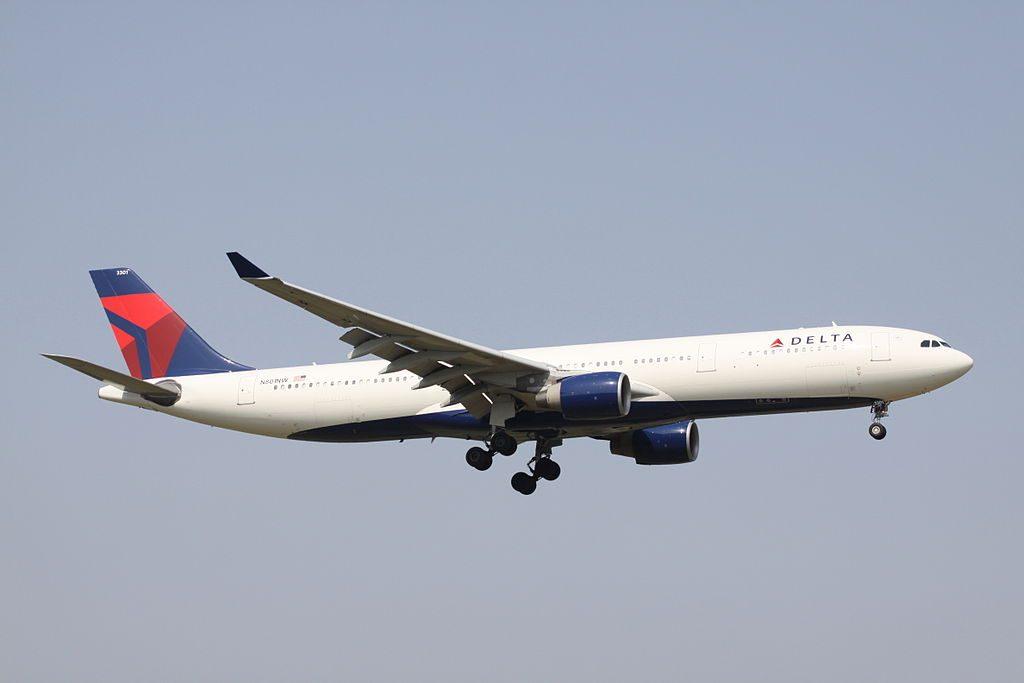 Delta Air Lines Wide Body Fleet Airbus A330-300 (N801NW) Photos
