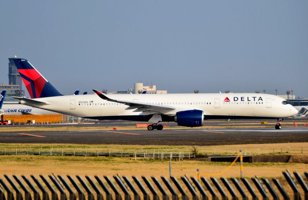 Delta Air lines Airbus A350-941XWB N504DN @NRT:RJAA Narita International Airport Japan