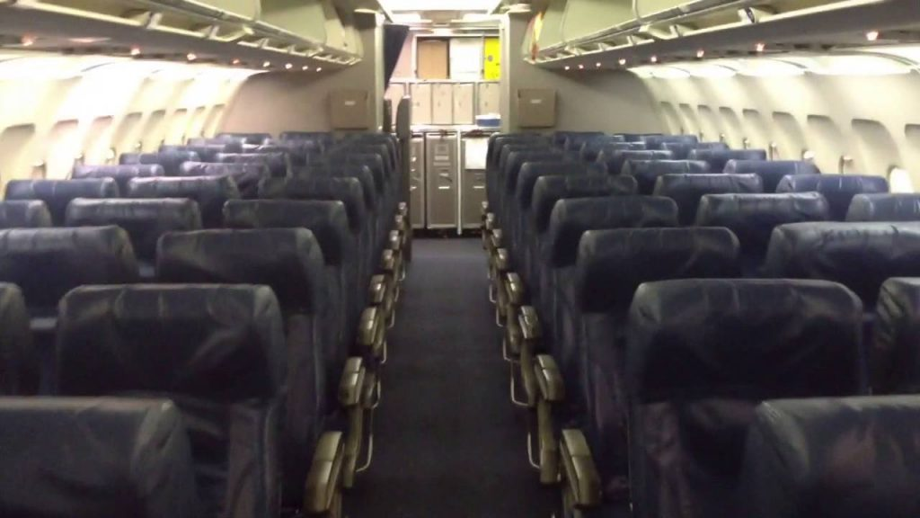Delta Airlines Airbus A320-200 Main Cabin Interior Photos