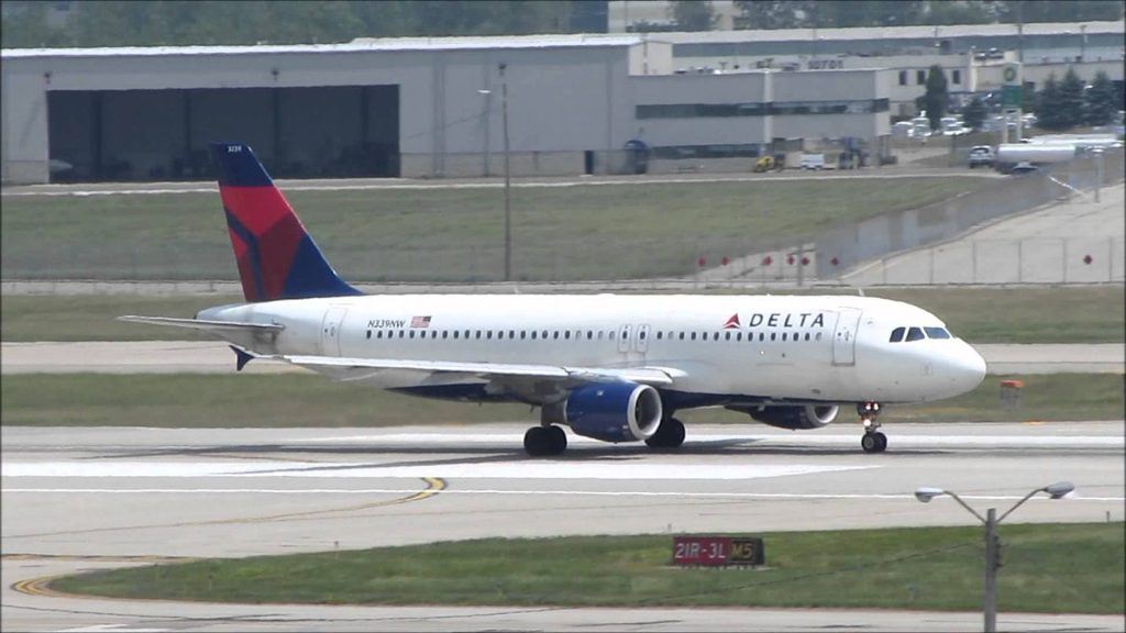 Delta Airlines Airbus A320 Takeoff | N339NW | Detroit Metro Airport (DTW)