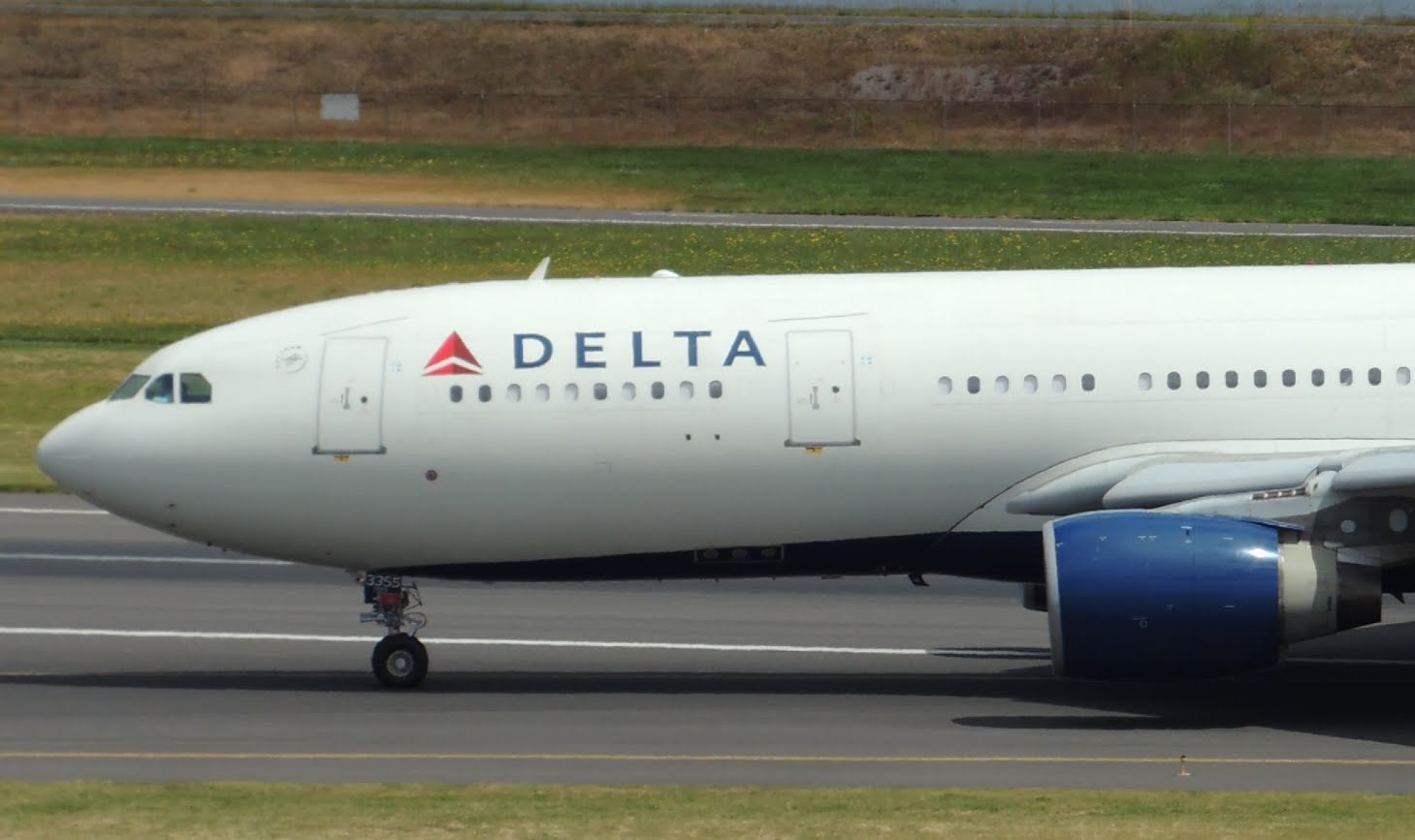 Delta Airlines Airbus A330-200 [N855NW] landing in PDX Photos