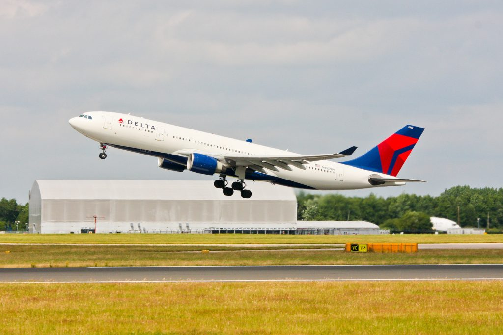 Delta Airlines Airbus A330-223 N853NW at Manchester
