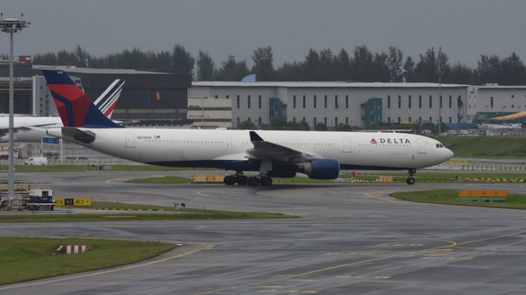 Delta Airlines Airbus A330-323X (N819NW) at Singapore Changi Airport