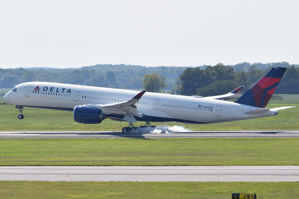 Delta Airlines Airbus A350-941XWB (registered N502DN) Photos