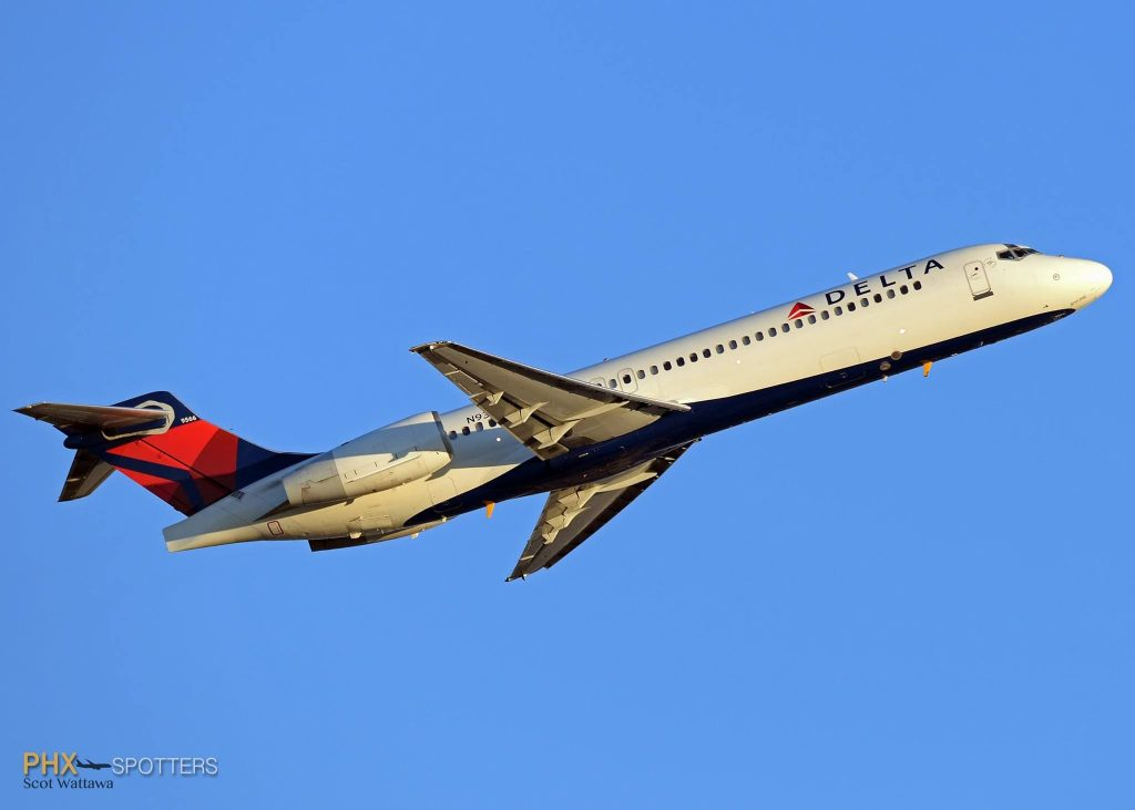 Delta Airlines Boeing 717-200 N933AT c:n 55071 Sky Harbor Airport @PHXSpotters - Scot Wattawa