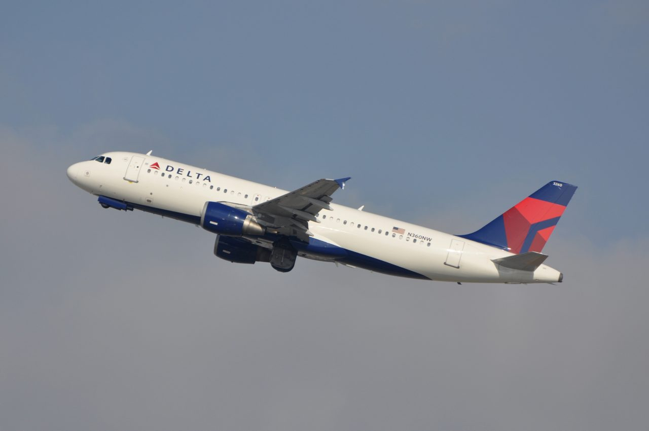 Delta Airlines Fleet Airbus A320-200 N360NW Climbing after Take off