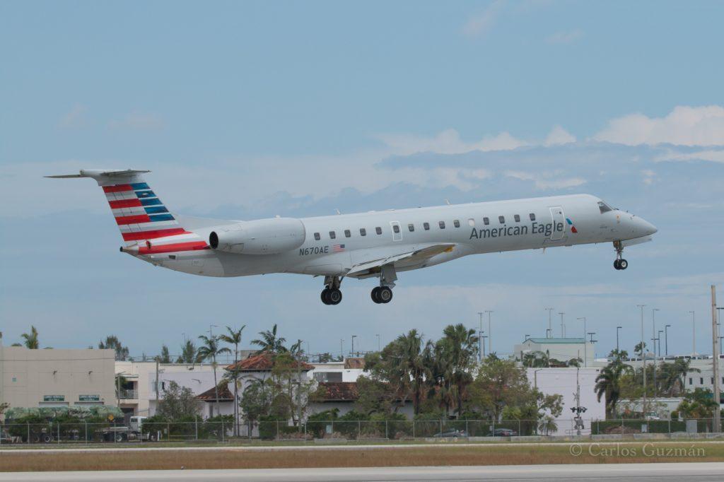 Embraer ERJ-145 N670AE American Eagle (Envoy Air) Regional Jet @Carlos Guzman