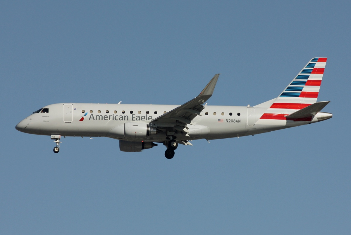 Embraer ERJ-175LR (ERJ-170-200 LR) N208AN American Eagle (Compass Airlines) Photos at DFW