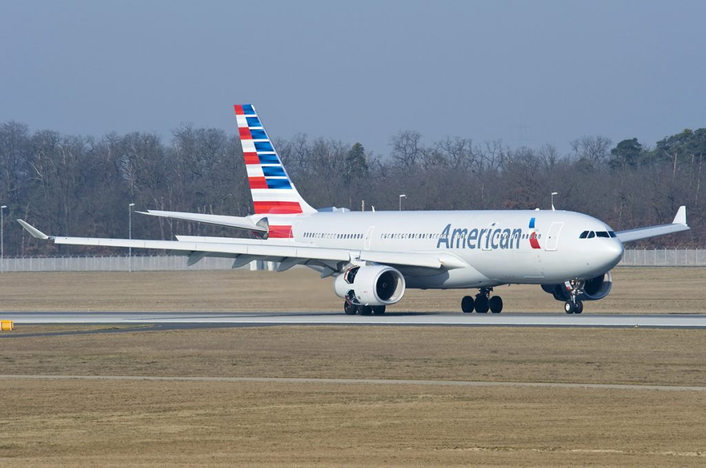 N282AY American Airlines Fleet Airbus A330-243