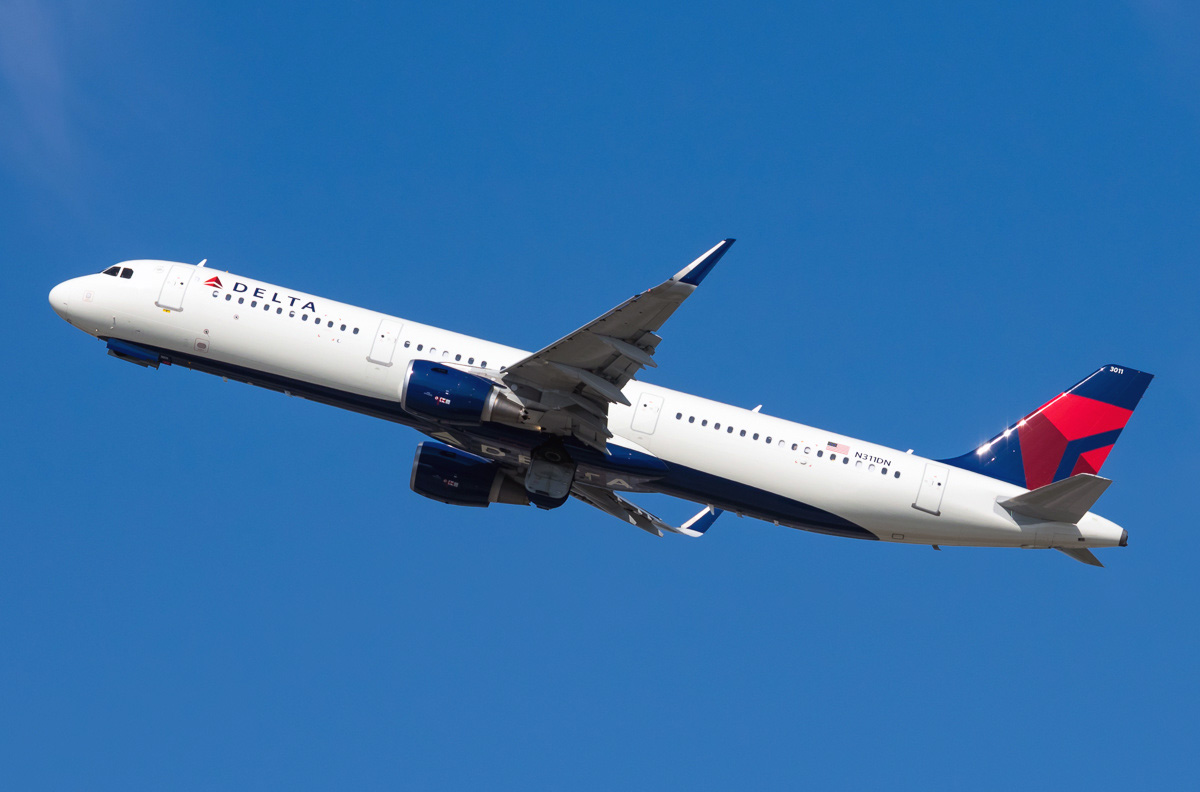 N311DN Delta Air Lines Airbus A321-211 Aircraft Photos