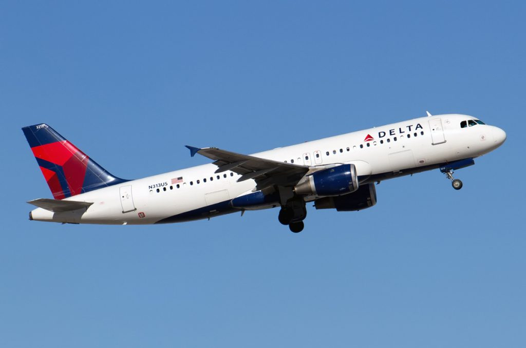 N313US Delta Air Lines Narrow Body Airbus A320-211 Photos