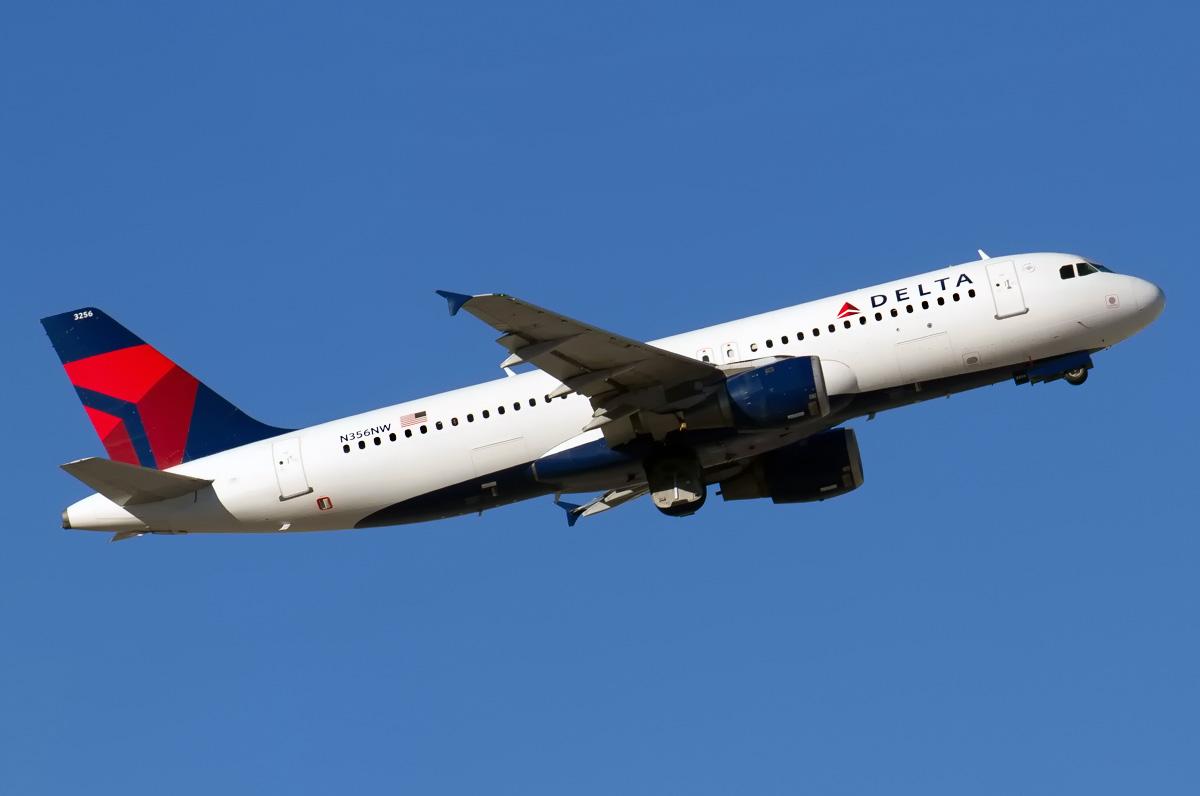 N356NW Delta Air Lines Aircraft Airbus A320-212 Photos