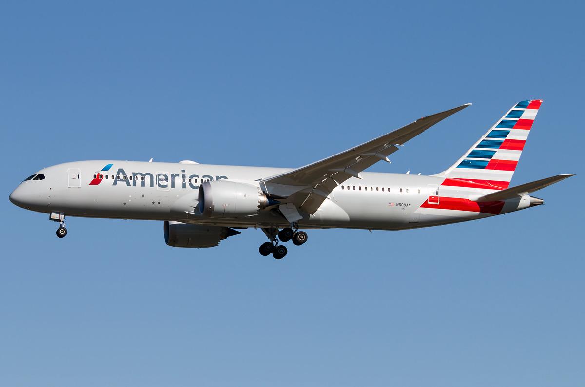N808AN American Airlines Boeing 787-8 Dreamliner