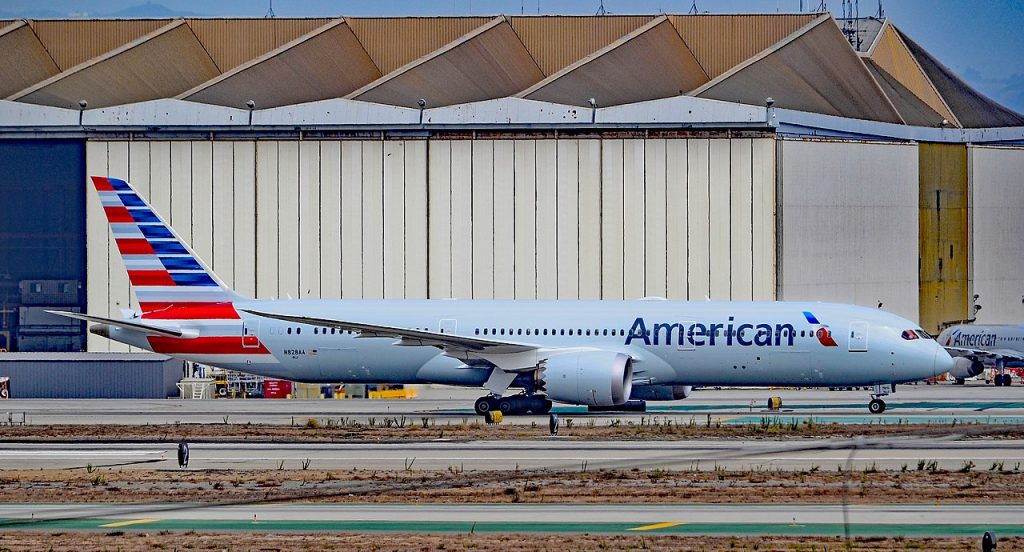 N828AA American Airlines Boeing 787-9 Dreamliner Los Angeles International Airport (LAX:KLAX)