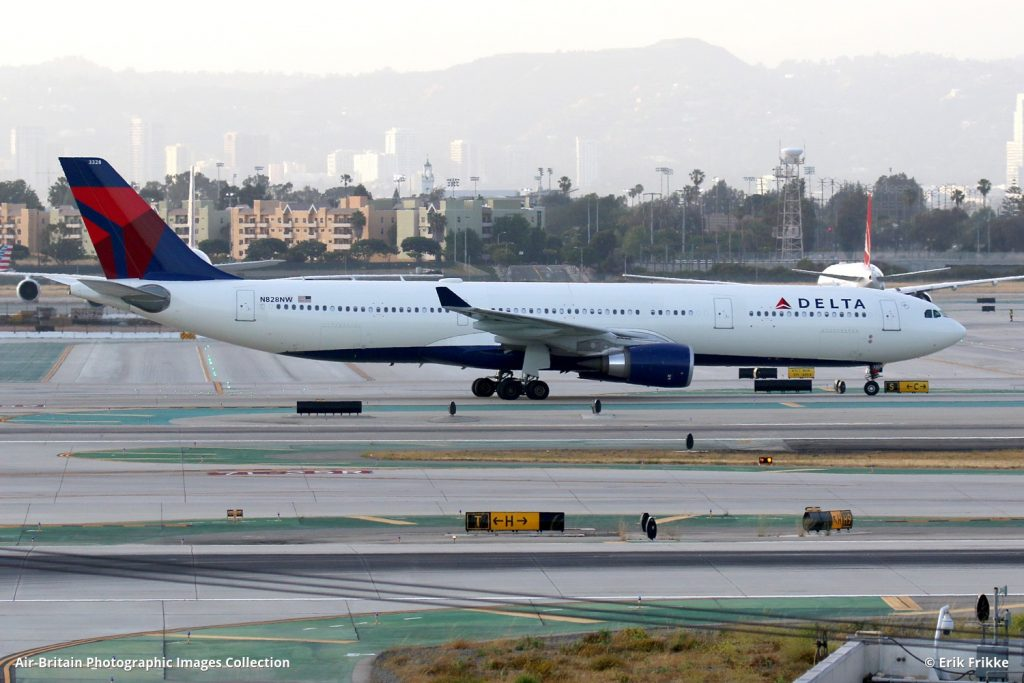 N828NW · Airbus A330-302 · Delta Air Lines (DL : DAL) · Los Angeles - International (LAX : KLAX), USA - California · @Erik Frikke