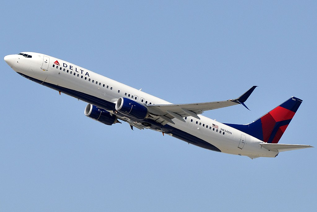 N834DN Boeing 737-900ER DELTA AIR LINES LAX AIRPORT