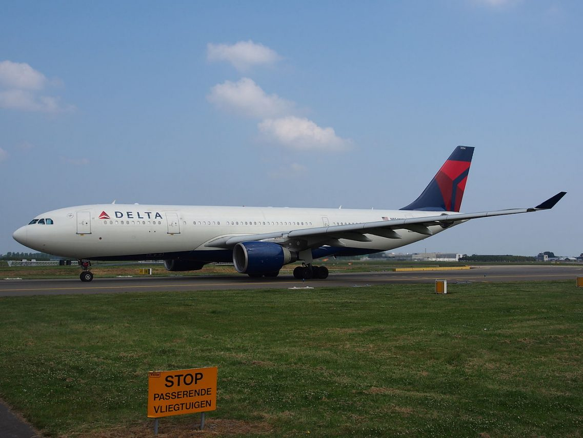 N854NW Delta Air Lines Airbus A330-223 at Amsterdam airport Schiphol, the Netherlands
