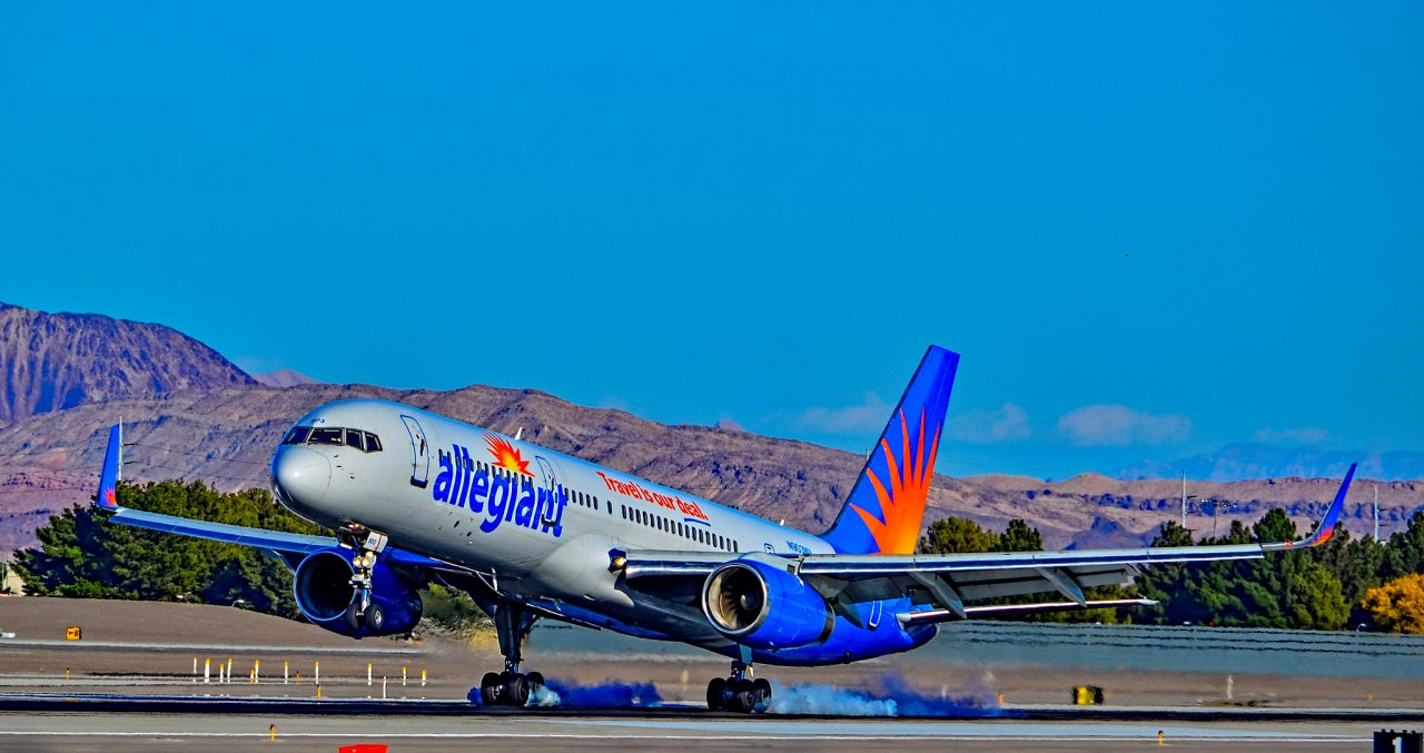 N903NV Allegiant Air Old Fleet 1993 Boeing 757-204 - cn 26966 - 520