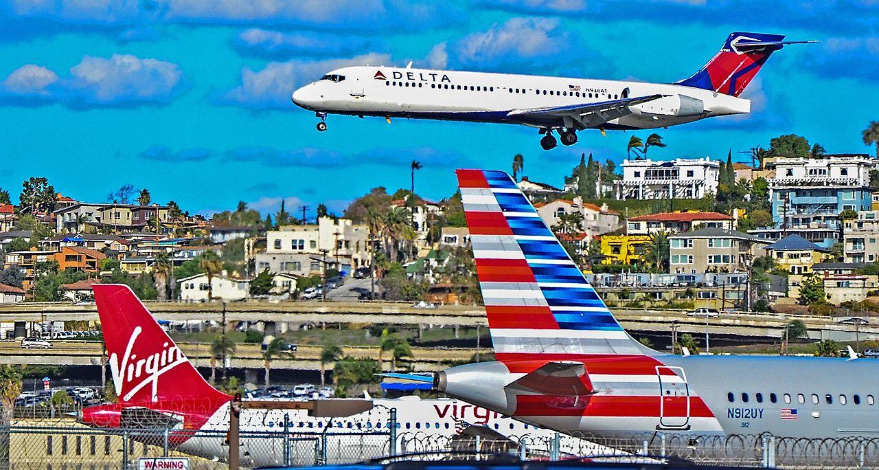 N938AT Delta Air Lines 2006 Boeing 717-2BD s-n 55098 San Diego International Airport