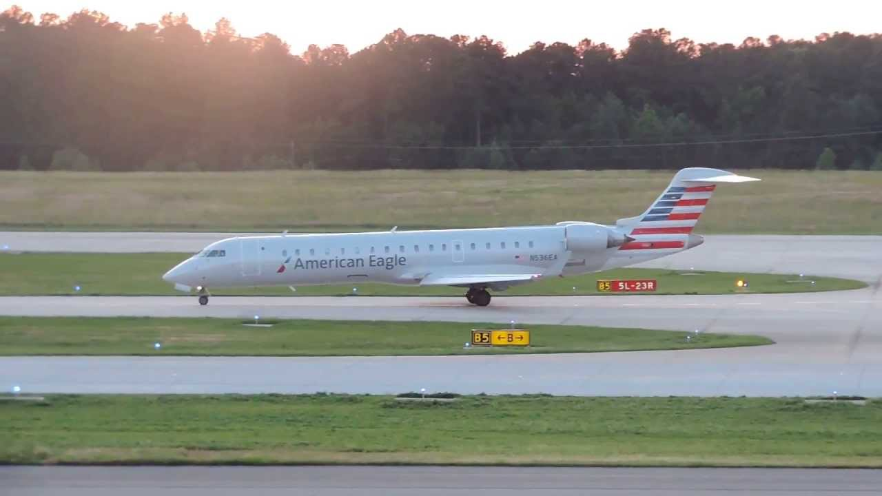 NEW LIVERY American Eagle Airlines Bombardier CRJ-700 N536EA Taxiing at RDU