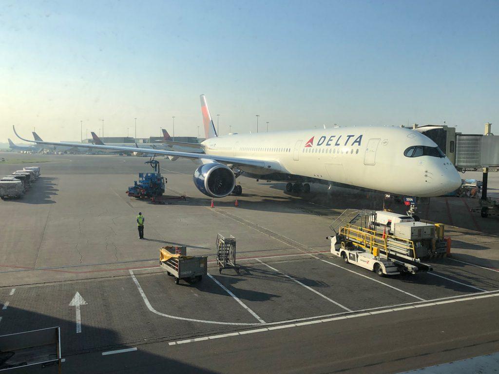Touchdown Delta Air Lines Airbus A350-900 N506DN at Metro Airport's 4L:22R Detroit Metropolitan Airport