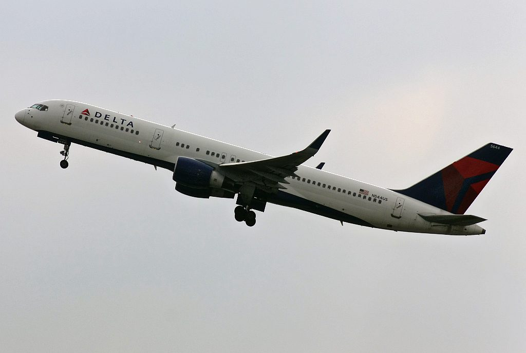 Boeing 757-251 N544US Delta Air Lines, Manchester - Int. (Ringway) (MAN EGCC)