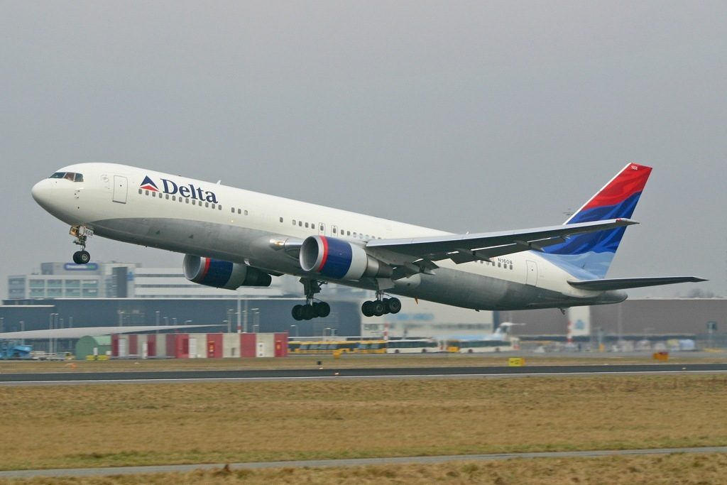 Boeing 767-332(ER) Delta Air Lines Widebody Aircraft N1608, AMS Amsterdam (Schiphol), Netherlands