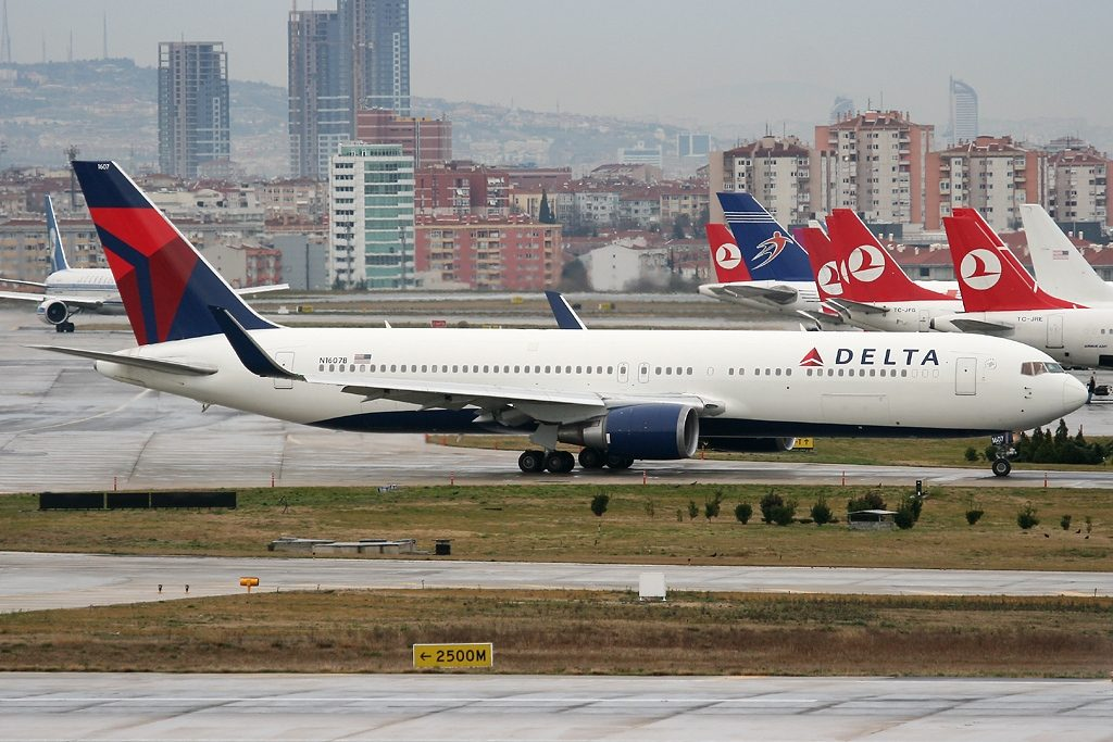 Boeing 767-332(ER) N1607B Delta Air Lines Widebody Aircraft at Istanbul Ataturk:Yesilkoy Int'l Airport - LTBA, Turkey