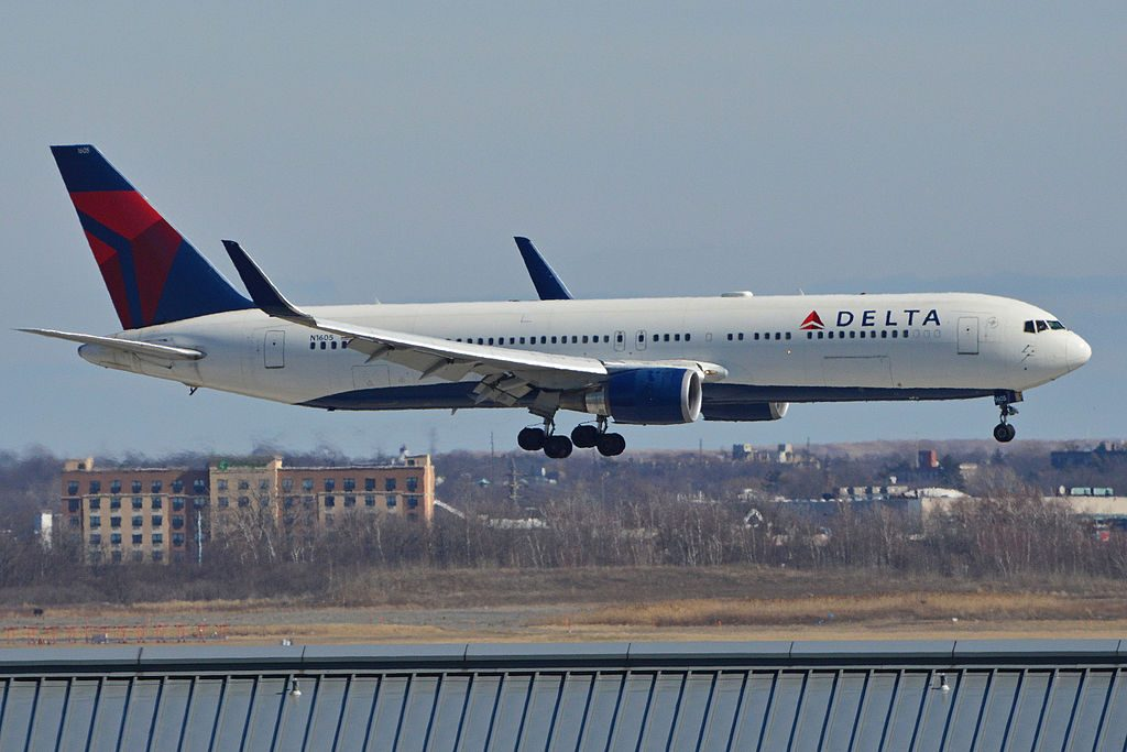 Boeing 767-332ER(w) 'N1605' Delta Air Lines c:n 30198, l:n 753. Built 1999. Arriving at JFK Airport, New York, on flight Delta 1 from London Heathrow