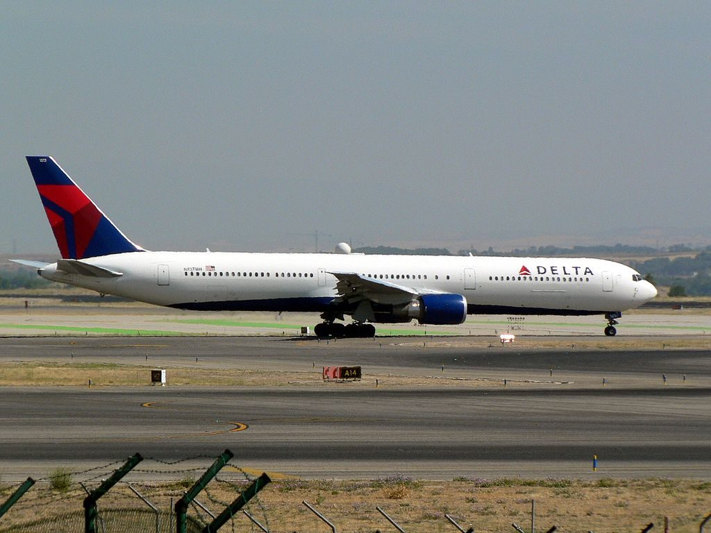 Boeing 767-432ER cn:serial number- 29710:820 Delta Air Lines Fleet N837MH at Adolfo Suárez Madrid–Barajas Airport (IATA- MAD, ICAO- LEMD) Spain