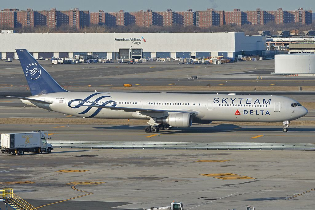 Boeing 767-432ER 'N844MH Delta Air Lines Fleet in full SkyTeam livery taxiing in after arriving on flight DAL245 from Rome. JFK Airport, New York