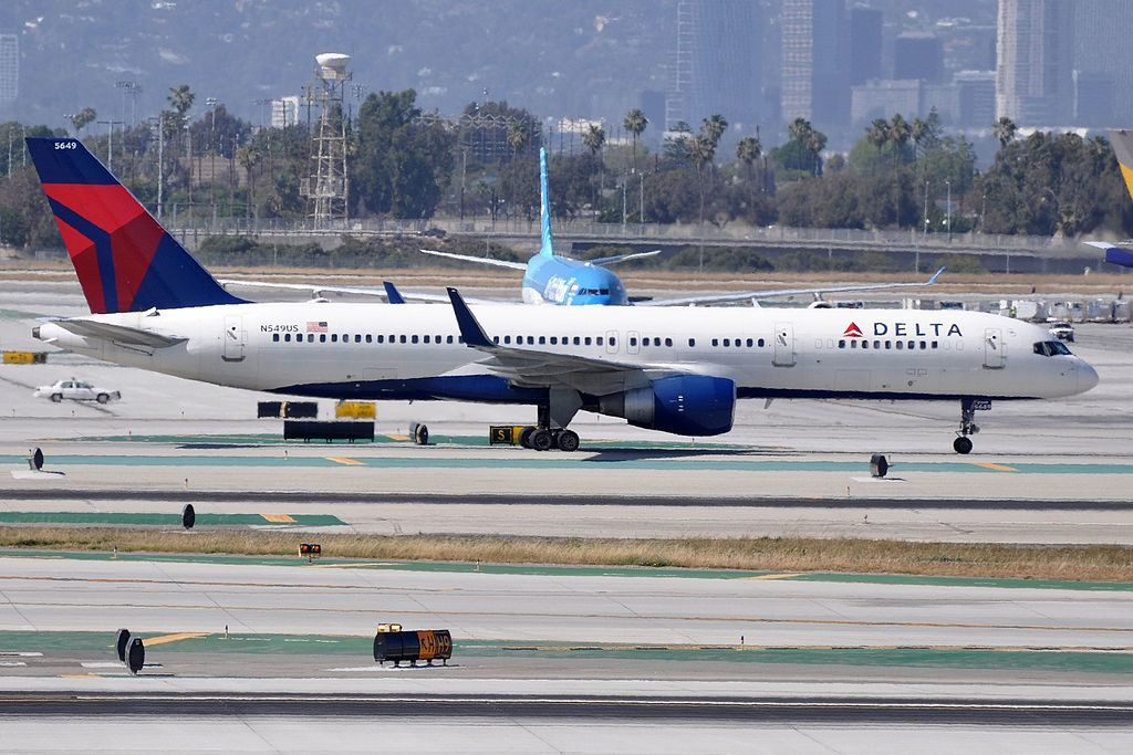 Boeing B757-251 N549US (cn- 26496:716) Delta Air Lines Fleet at LAX Los Angeles International Airport