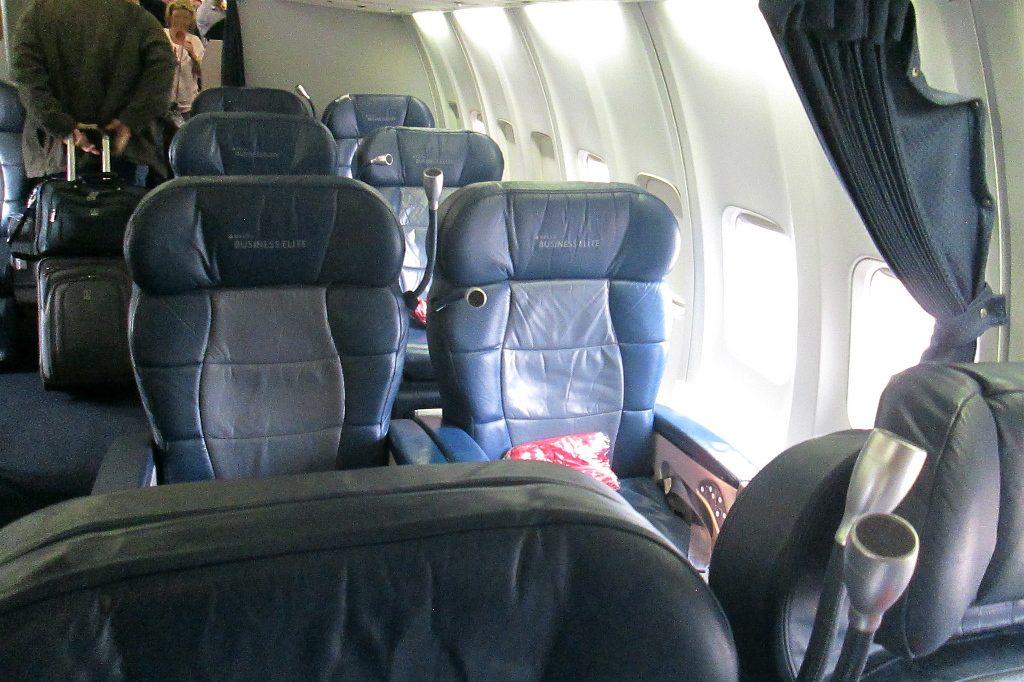 Delta Air Lines Boeing 757-200 Business Elite Class Old Layout cabin configuration Photos