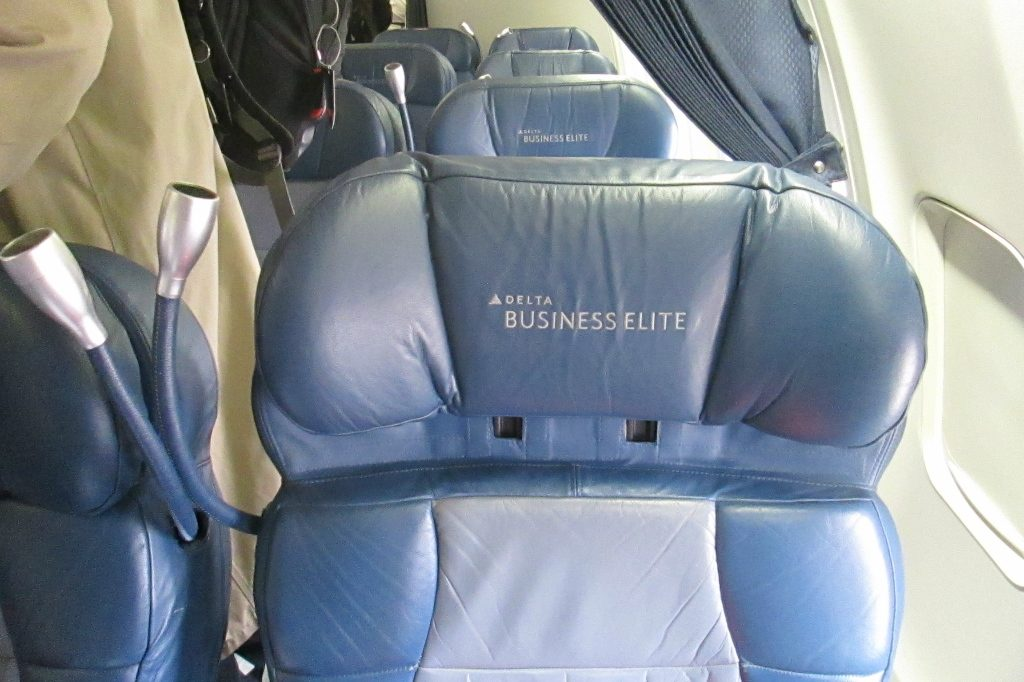 Delta Air Lines Boeing 757-200 Business Elite Class Old seats Layout cabin configuration Photos